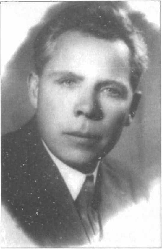 Почему советский певец, певший в оккупации перед Гитлером и Геббельсом, стал Народным артистом СССР?